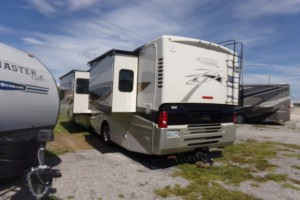Used 2009 TIFFIN ALLEGRO RED ALLEGRO 36 Q Class A
