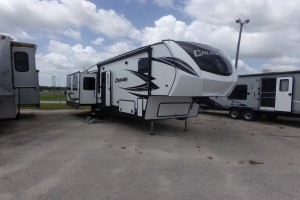 Used 2019 Forest River CRUSADER 330MBH Fifth Wheels