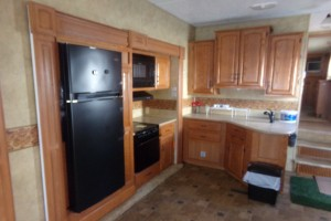 Used 2009 Heartland BIG COUNTRY 330RL Fifth Wheels