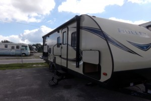 Used 2018 KEYSTONE BULLET 243 BHS Travel Trailers